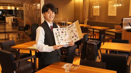 【ホールスタッフ】野菜ソムリエの資格取得も可能!学び働くアルバイト