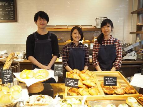 できたてのパンを求めて、常連さんの集まるお店【パン販売】カフェ併設のハンドドリップのコーヒーも!