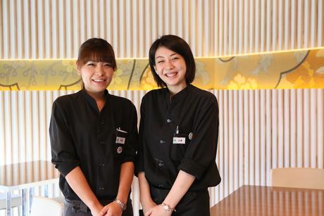大丸梅田でアルバイト【ホールスタッフ】大型ビュッフェレストラン@梅田駅 週1からOKバイト