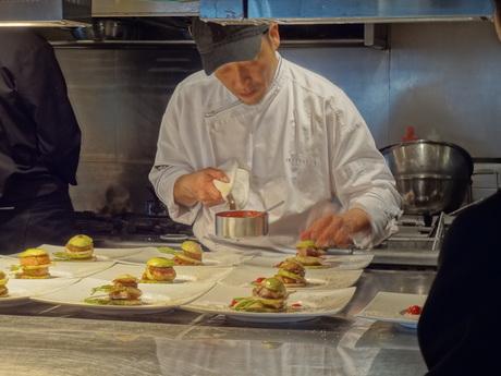 カフェレストラン≪週2~≫江ノ電を望むガーデンテラス…経験者さん歓迎まかない有